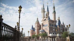 Shanghai Disneyland - enchanted storybook castle